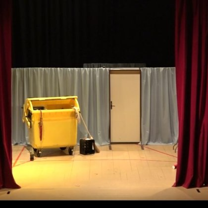 Představení Dveře